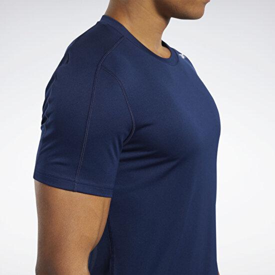 תמונה של Workout Ready Polyester Tech חולצה