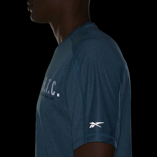 Picture of One Series Running Reflective Move Tee