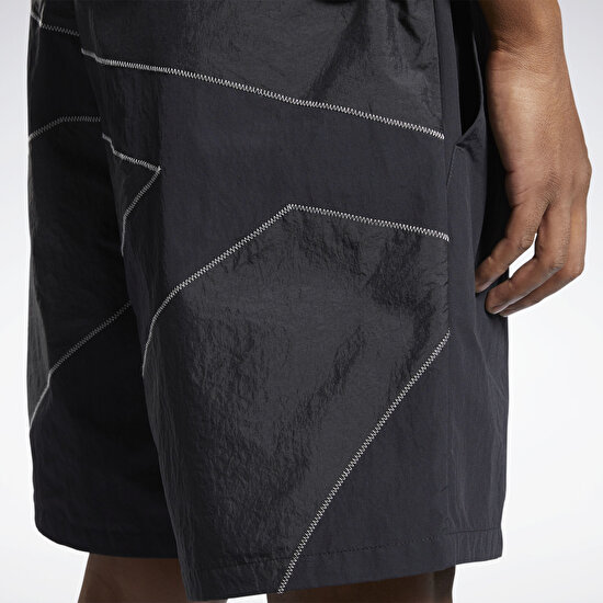 Picture of EightyOne Woven Vector Shorts