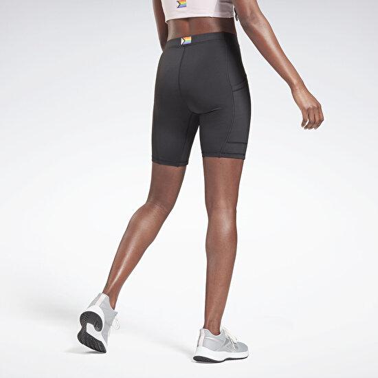 תמונה של Tech Style Pride Bike Shorts
