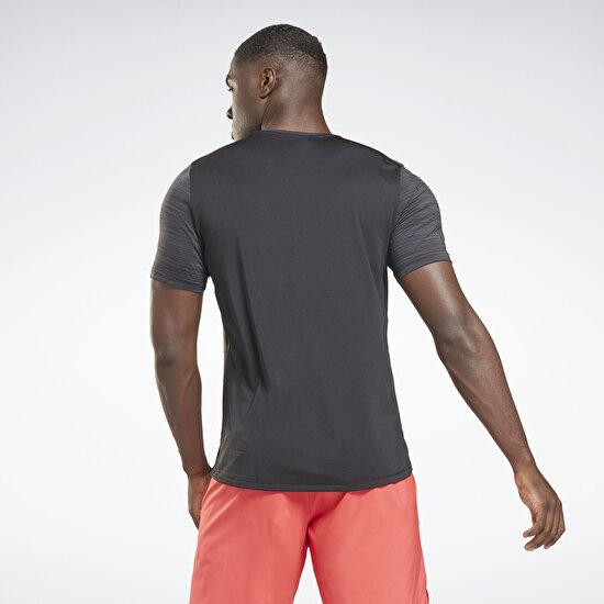 תמונה של Activchill Graphic Move T-Shirt