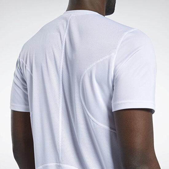 תמונה של Running Speedwick T-Shirt