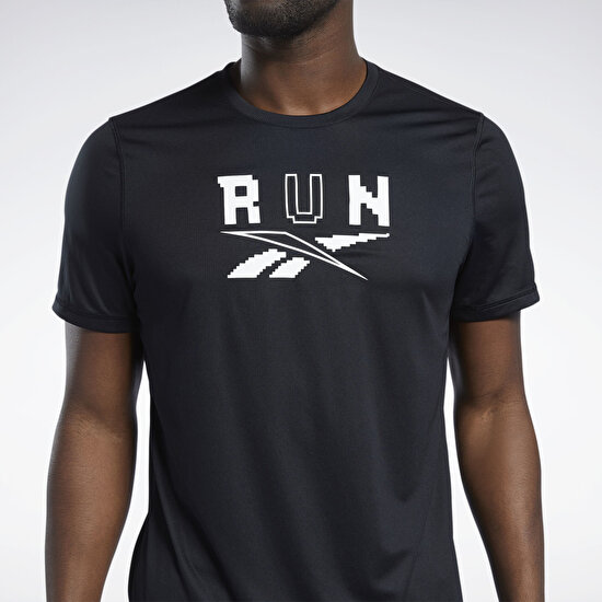 Picture of Running Speedwick Graphic T-Shirt