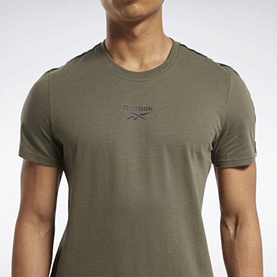 תמונה של Training Essentials Tape חולצה