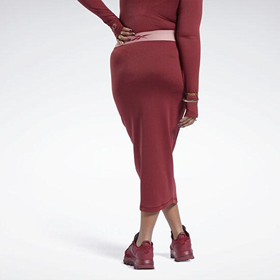 תמונה של חצאית פלוס סייז Cardi B Rib