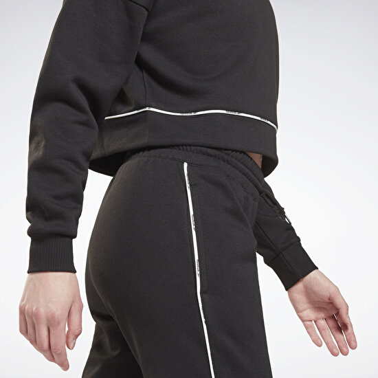 Picture of Piping Crewneck Sweatshirt